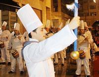 La tamborrada Erriberatarrak protagonizó la izada en Riberas